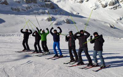 Vojni piloti na skijanju u Sloveniji