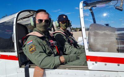 Započela temeljna letačka obuka na avionu ZLIN 242L