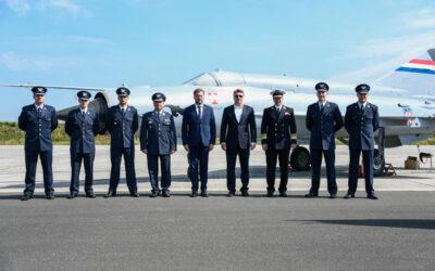 Održana svečana dodjela letačkog znaka 25. naraštaju pilota HRZ-a